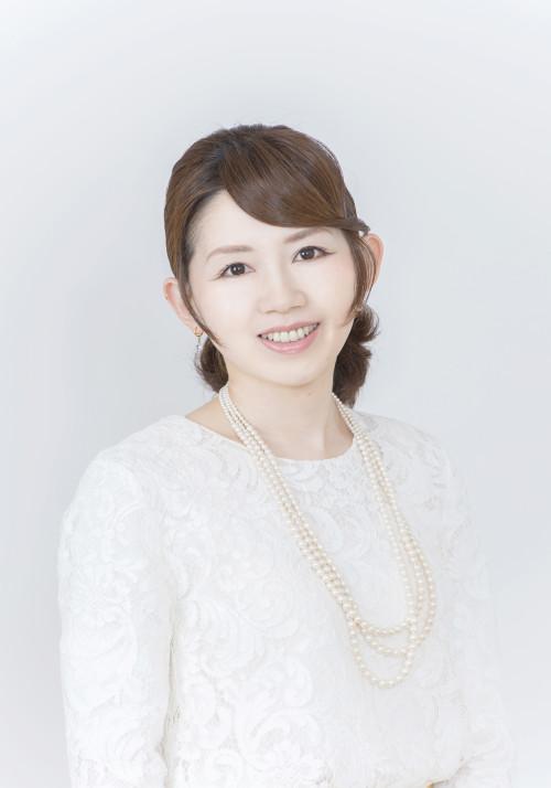 栃谷ユリ子